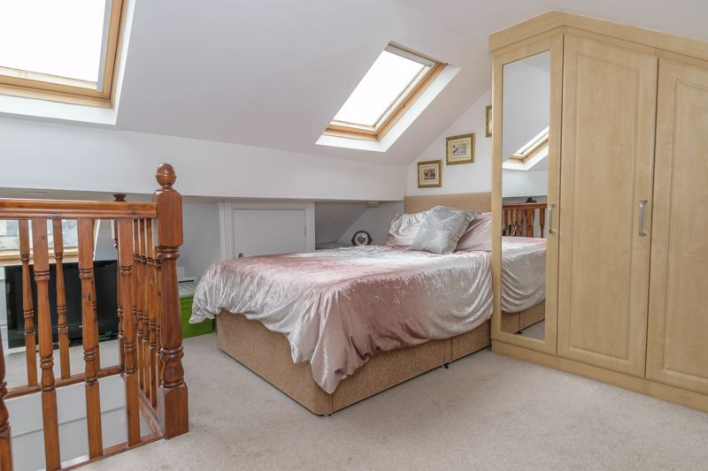 2 bed house for sale in Broad Street  - Property Image 11