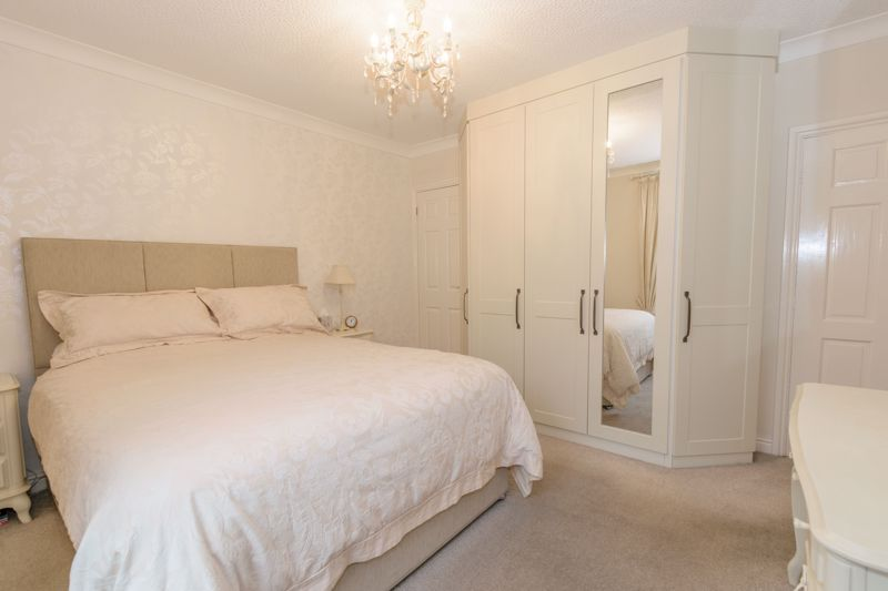 2 bed house for sale in Broad Street  - Property Image 15