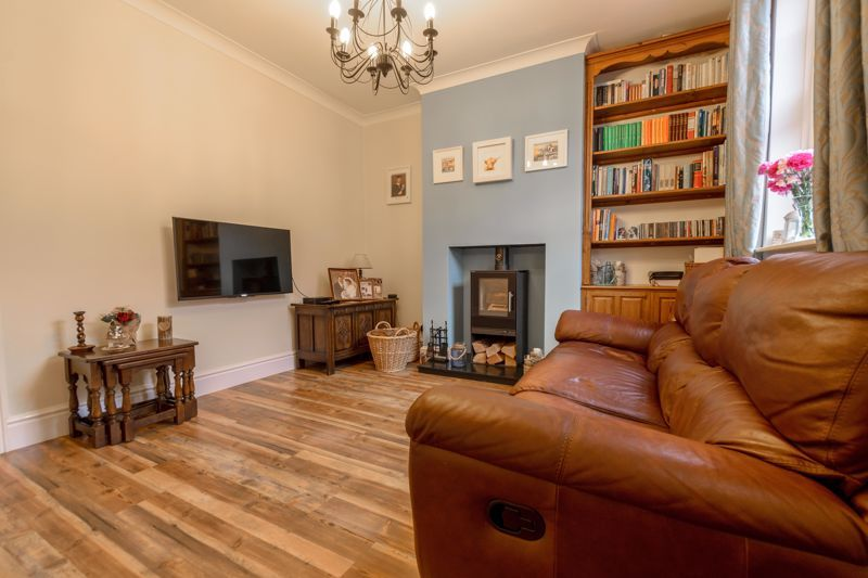 2 bed house for sale in Broad Street 17