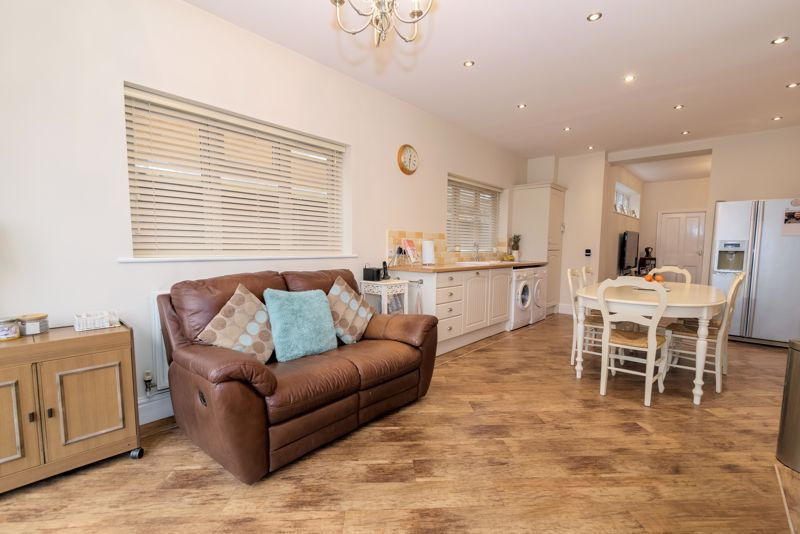 2 bed house for sale in Broad Street  - Property Image 18