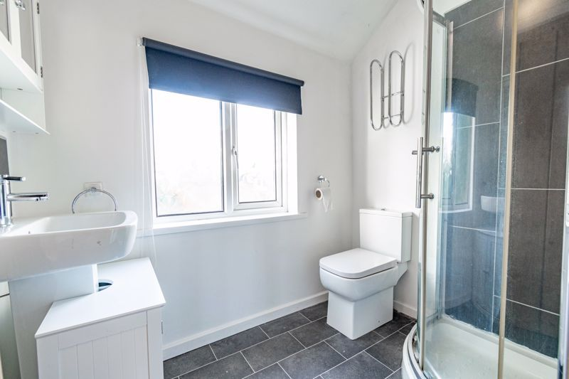 3 bed cottage for sale in Worcester Road 13