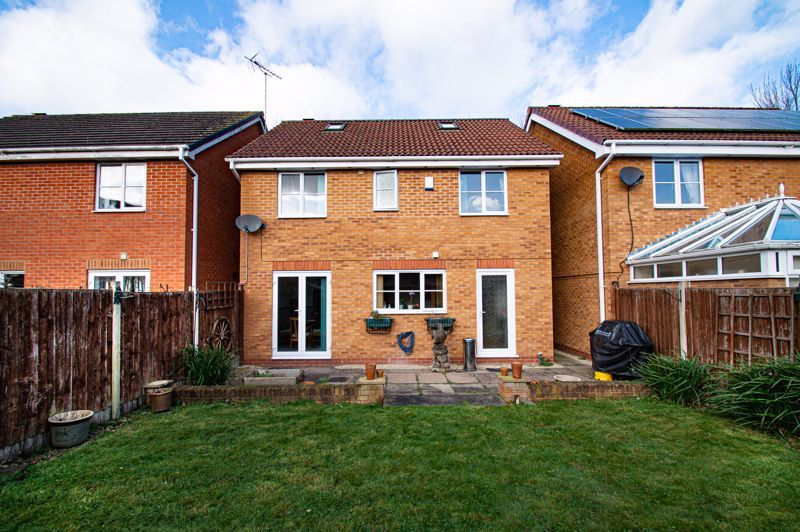 4 bed house for sale in Pulman Close  - Property Image 14