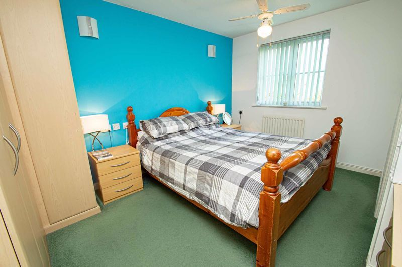 4 bed house for sale in Pulman Close  - Property Image 7