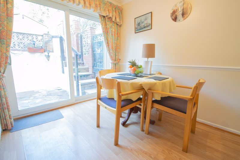 3 bed house for sale in Hordern Crescent 6