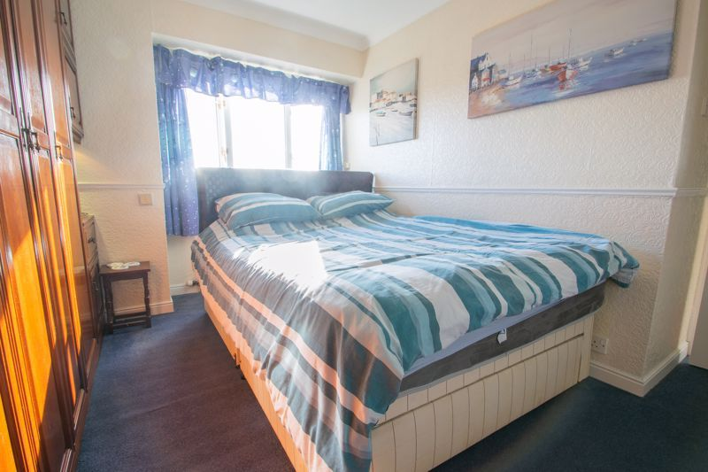 3 bed house for sale in Hordern Crescent 8