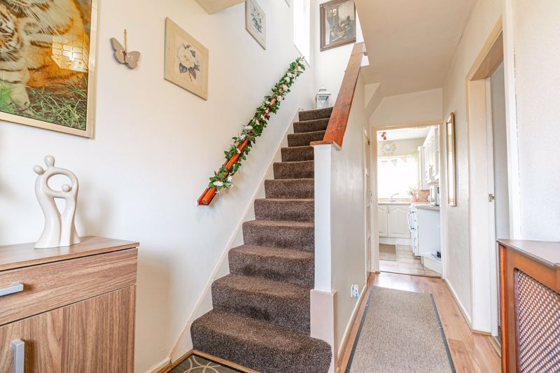 3 bed house for sale in Huntingtree Road 2