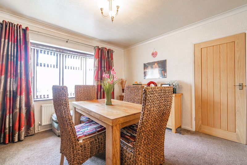 3 bed house for sale in Huntingtree Road 11