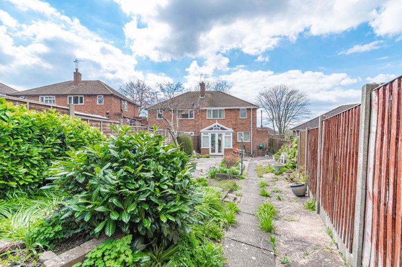 3 bed house for sale in Huntingtree Road 13