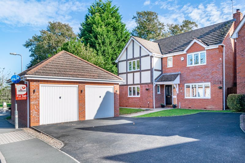 4 bed house for sale in Appletrees Crescent, Woodland Grange 1