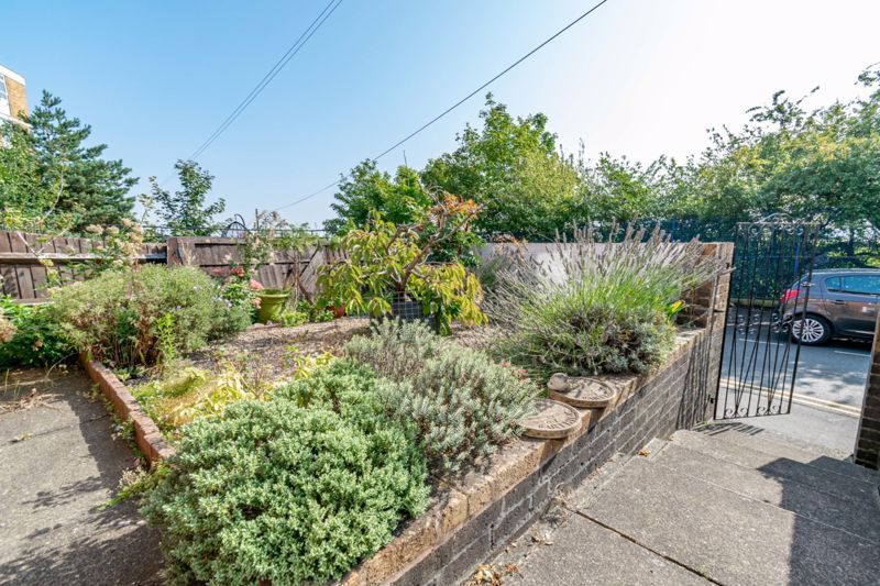 2 bed house for sale in The Promenade  - Property Image 13