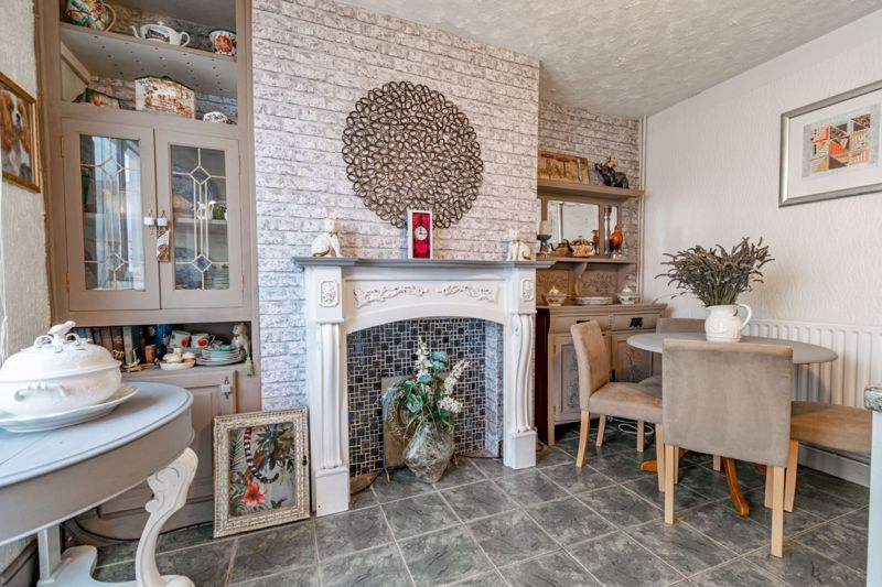 2 bed house for sale in The Promenade  - Property Image 6