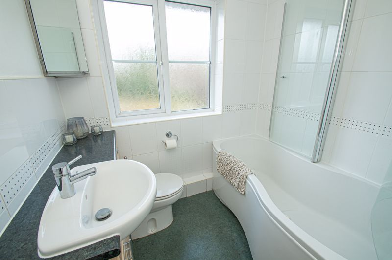 3 bed house for sale in Bartestree Close 11