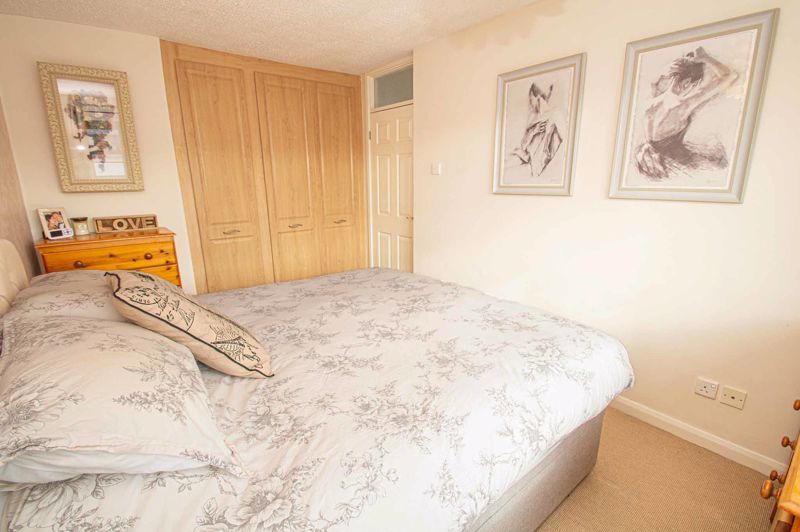 3 bed house for sale in Bartestree Close 14