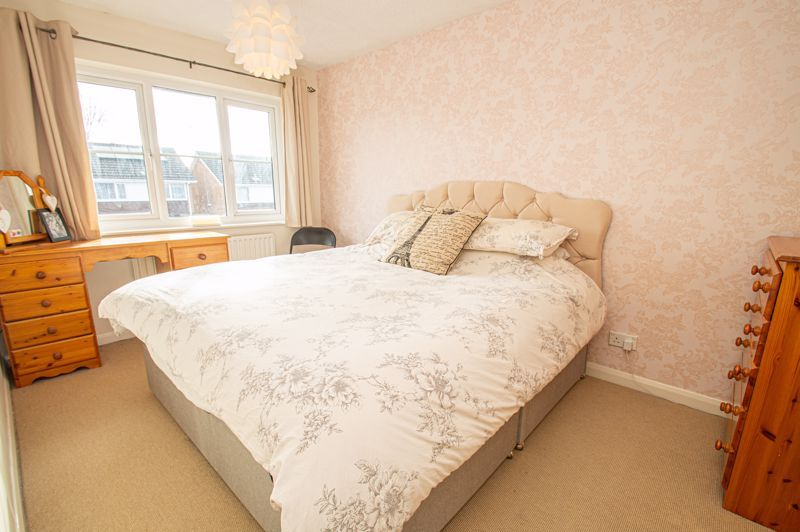 3 bed house for sale in Bartestree Close 8