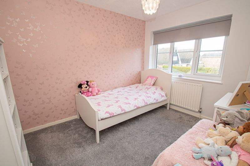 3 bed house for sale in Bartestree Close 9