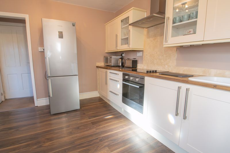 2 bed house for sale in Poole Street 6