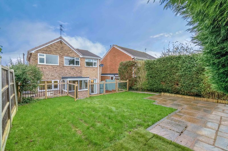 4 bed house for sale in Moorfield Drive 12