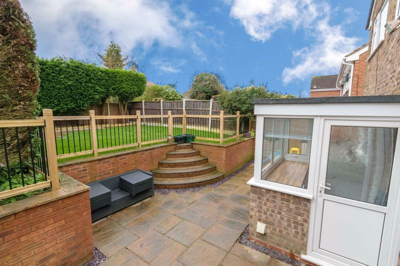4 bed house for sale in Moorfield Drive 13