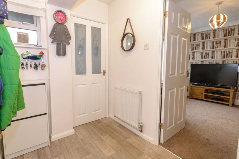 4 bed house for sale in Moorfield Drive 17