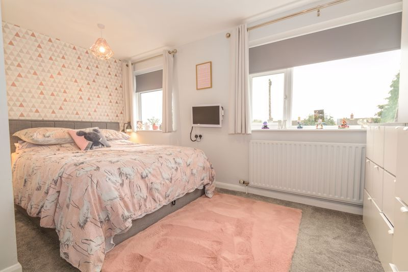 4 bed house for sale in Moorfield Drive  - Property Image 8