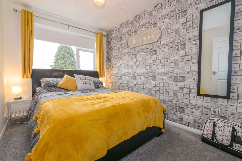 4 bed house for sale in Moorfield Drive  - Property Image 9