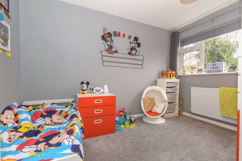 4 bed house for sale in Moorfield Drive 10