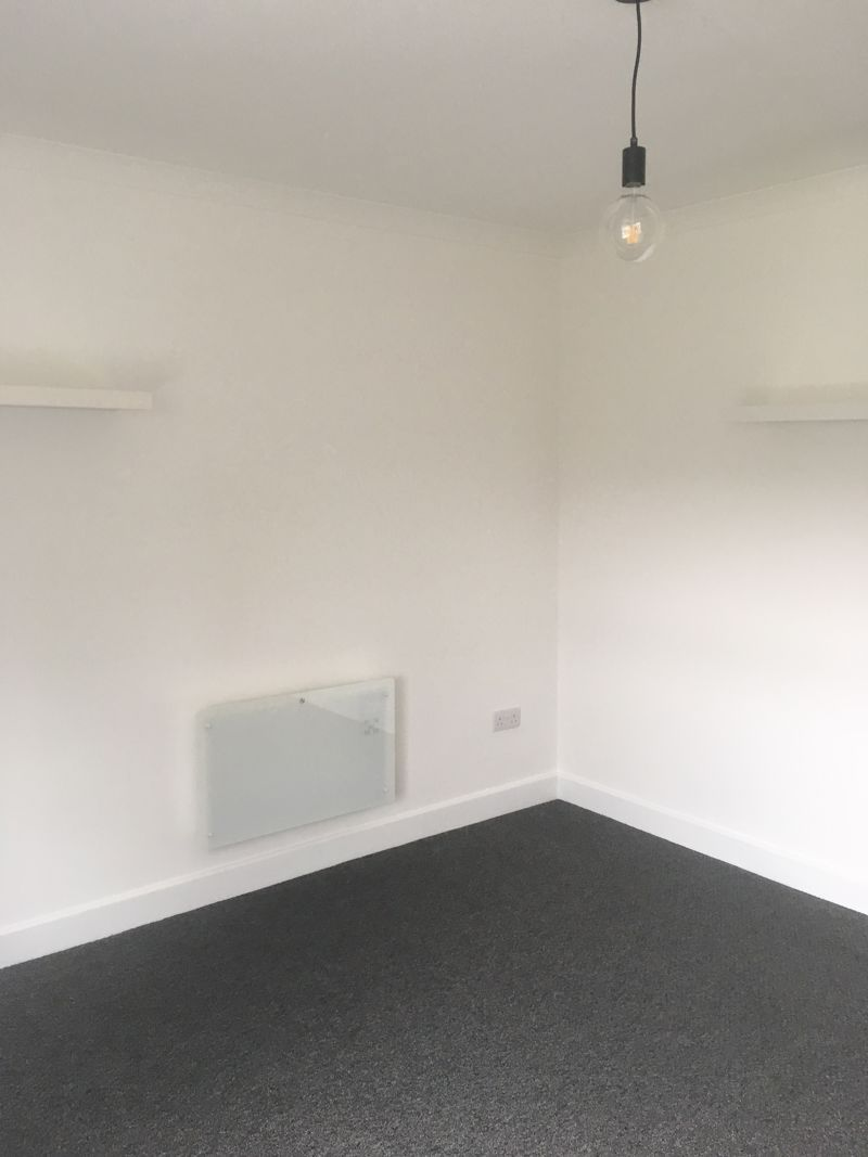 1 bed  for sale in Bagleys Road 5