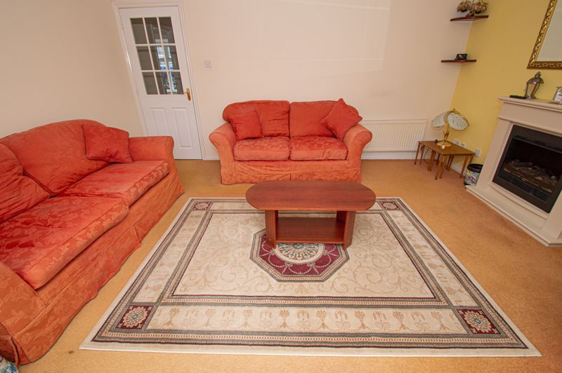 4 bed house for sale in Pennyford Close  - Property Image 3