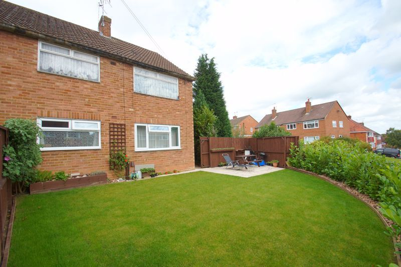2 bed  for sale in Larkfield Road 1