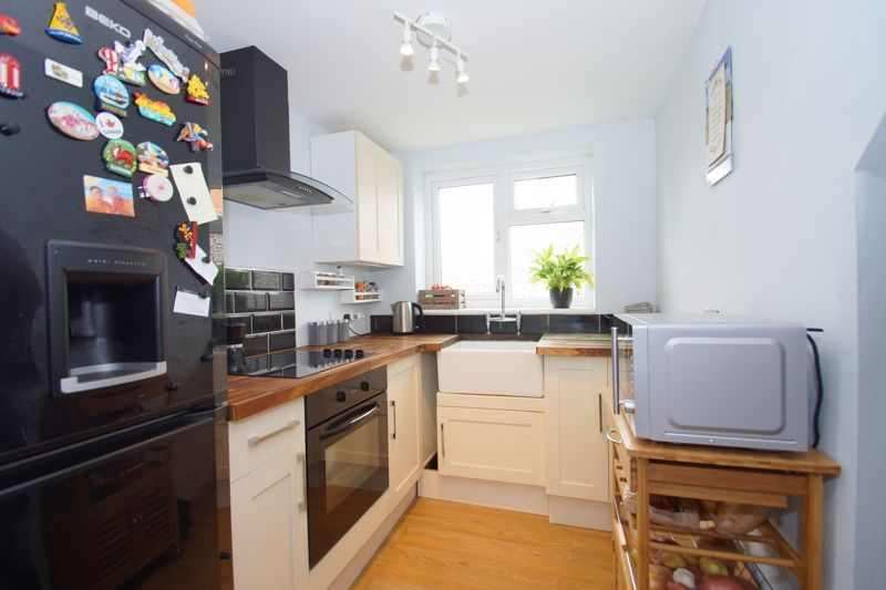 2 bed  for sale in Larkfield Road 3