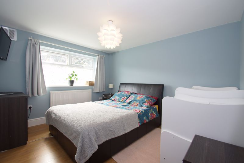 2 bed  for sale in Larkfield Road 5