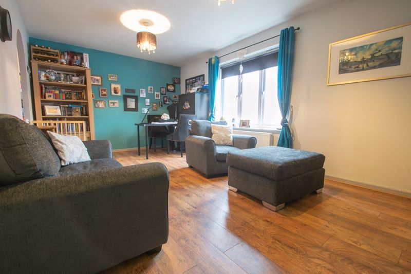 2 bed house for sale in Century Way  - Property Image 5