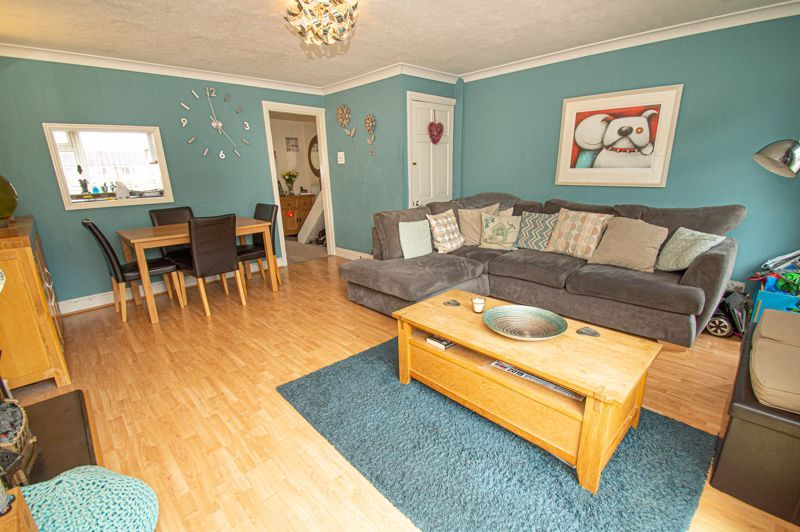 3 bed house for sale in Chadcote Way 4