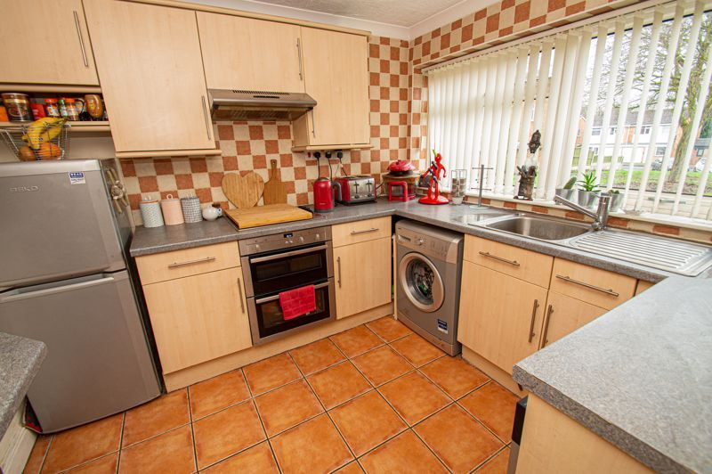 3 bed house for sale in Chadcote Way 5