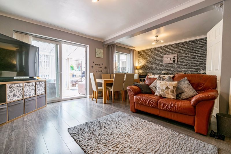 3 bed house for sale in Woodberrow Lane 3