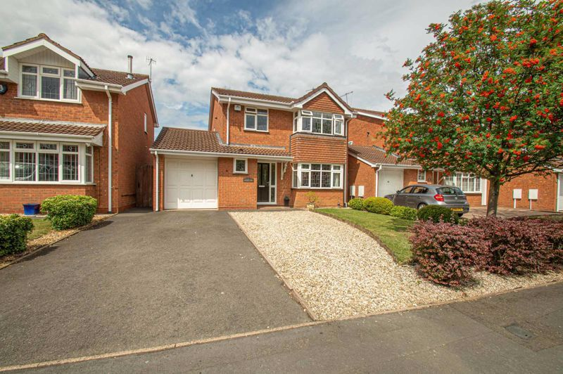 4 bed house for sale in Radbourne Drive 1