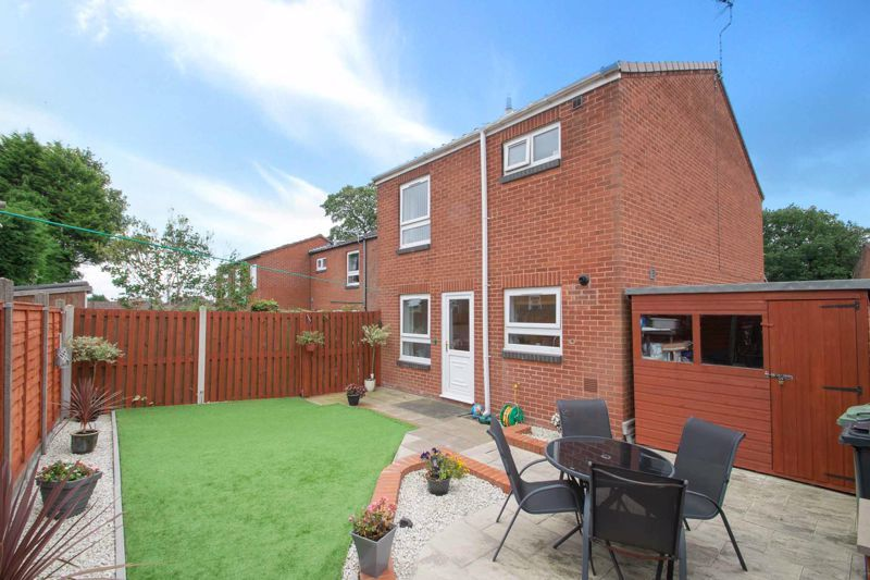 3 bed house for sale in Mendip Road 13