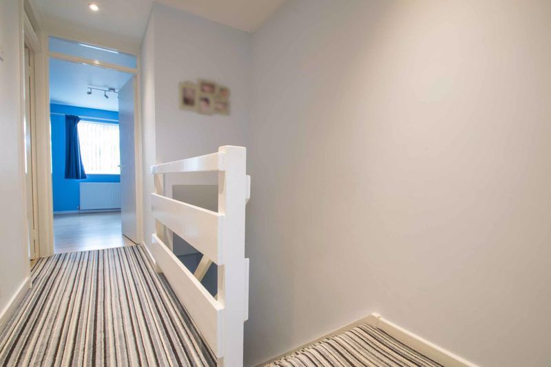 3 bed house for sale in Mendip Road 16