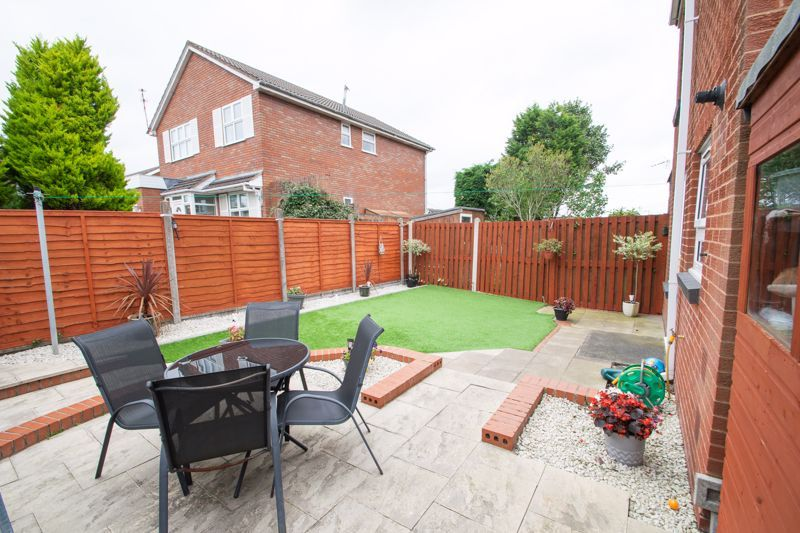 3 bed house for sale in Mendip Road  - Property Image 19