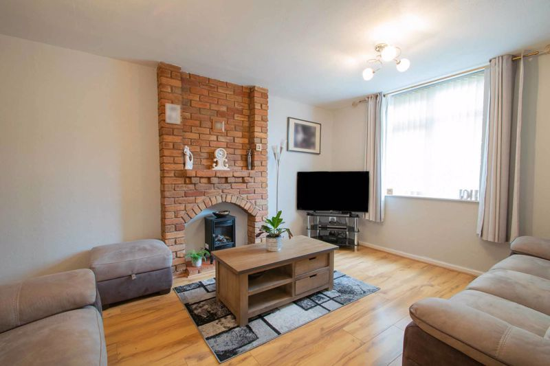3 bed house for sale in Mendip Road 3