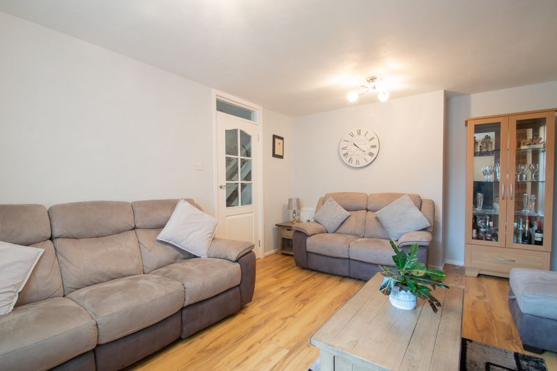 3 bed house for sale in Mendip Road 4