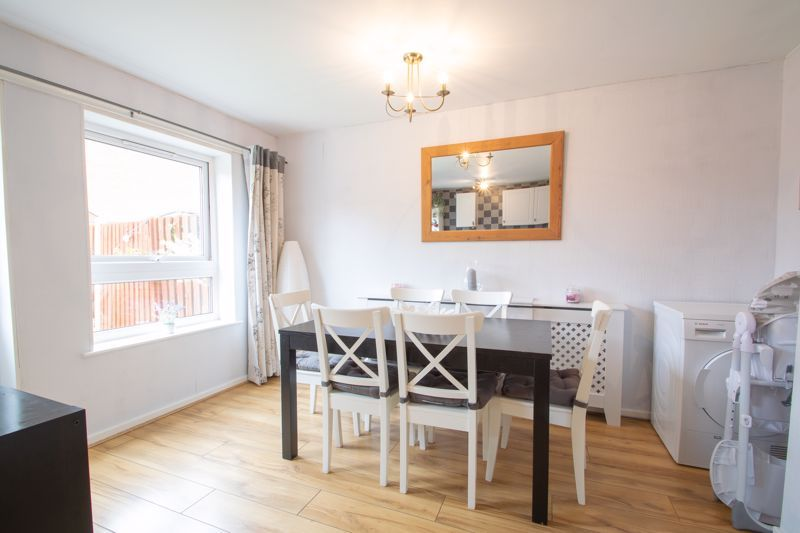 3 bed house for sale in Mendip Road 7