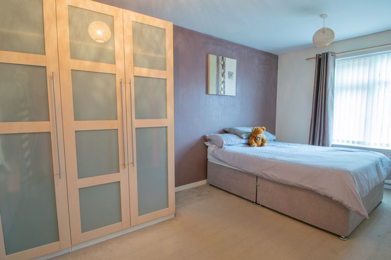 3 bed house for sale in Mendip Road  - Property Image 8