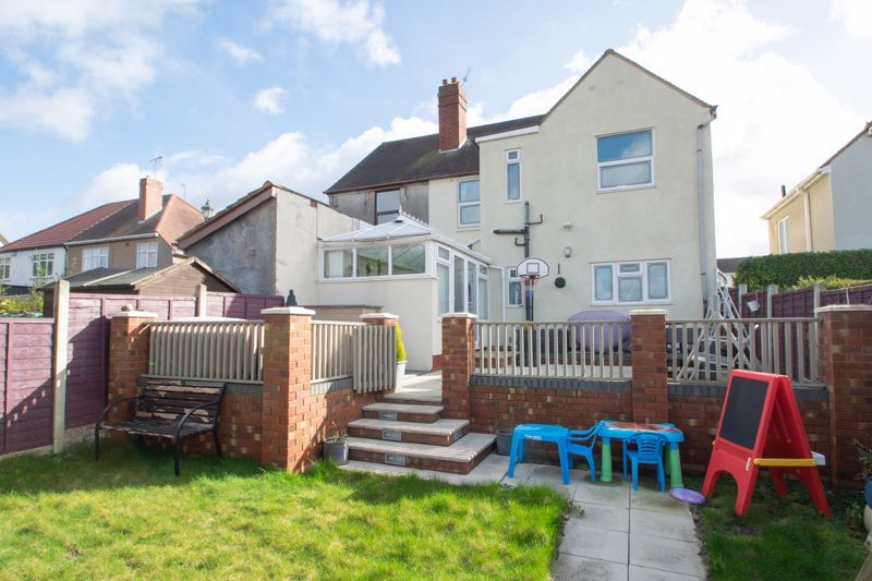 4 bed house for sale in Amblecote Road  - Property Image 13