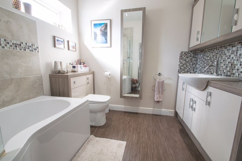 4 bed house for sale in Amblecote Road  - Property Image 20
