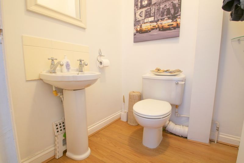 4 bed house for sale in Amblecote Road  - Property Image 6
