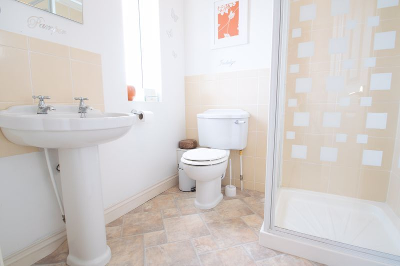 4 bed house for sale in Amblecote Road  - Property Image 8