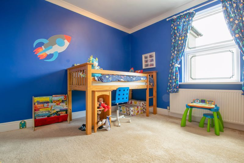 4 bed house for sale in Amblecote Road  - Property Image 9