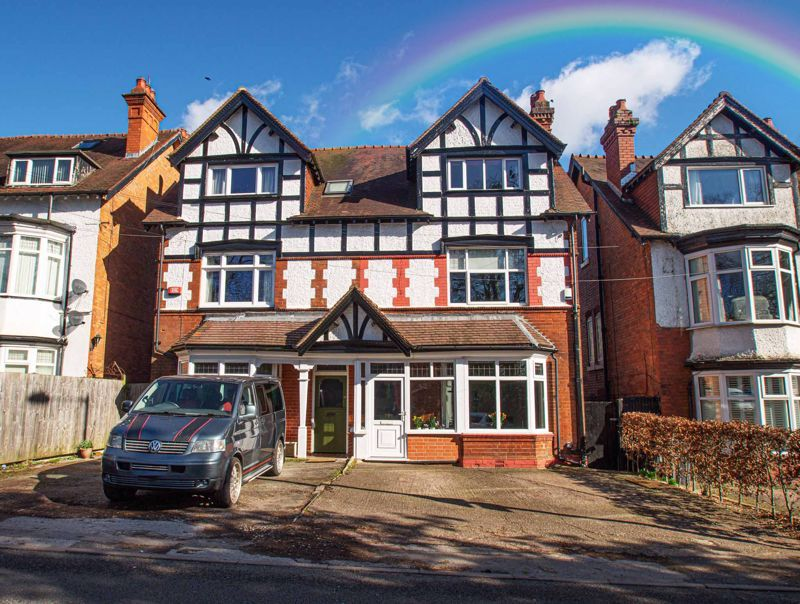 5 bed house for sale in Wake Green Road 1