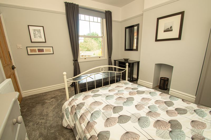 5 bed house for sale in Wake Green Road 20